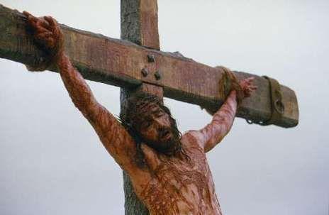 Vous le savez : ce qui vous a libérés de la vie sans but [...] c'est le sang précieux du Christ, l'Agneau sans défaut et sans tache.