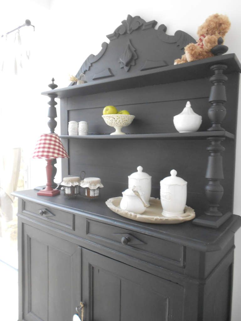 la folie du buffet saint hubert relook et patin ou. Black Bedroom Furniture Sets. Home Design Ideas