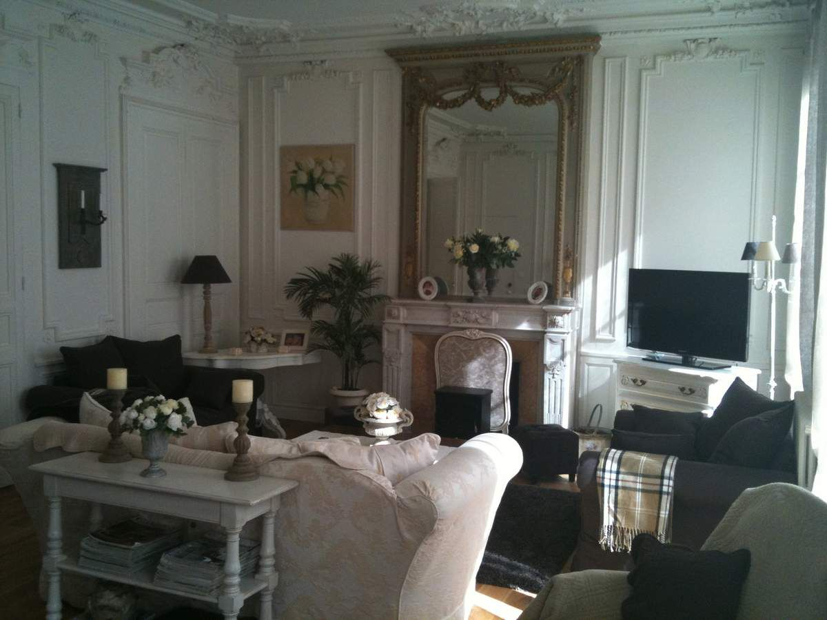 le charme des appartements haussmannien la maison de blancpatine. Black Bedroom Furniture Sets. Home Design Ideas