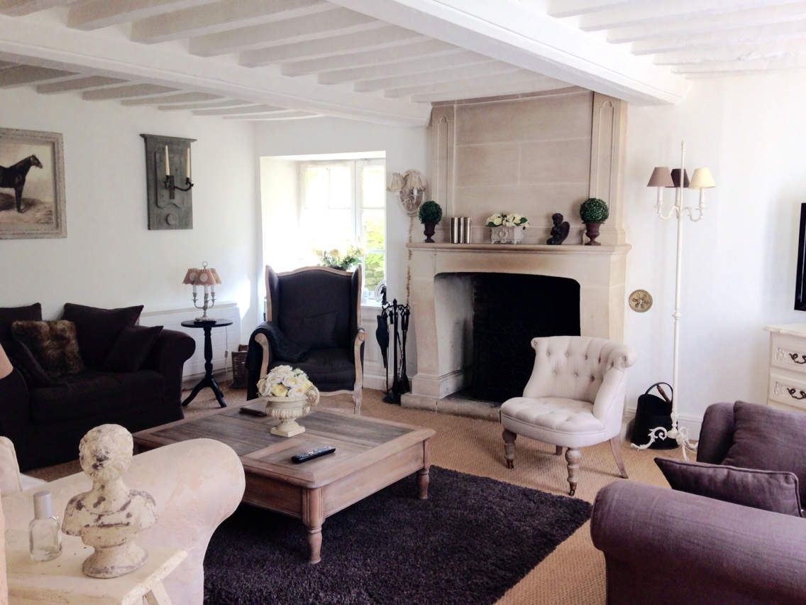 Salon cosy style campagne chic for Decoration campagne chic
