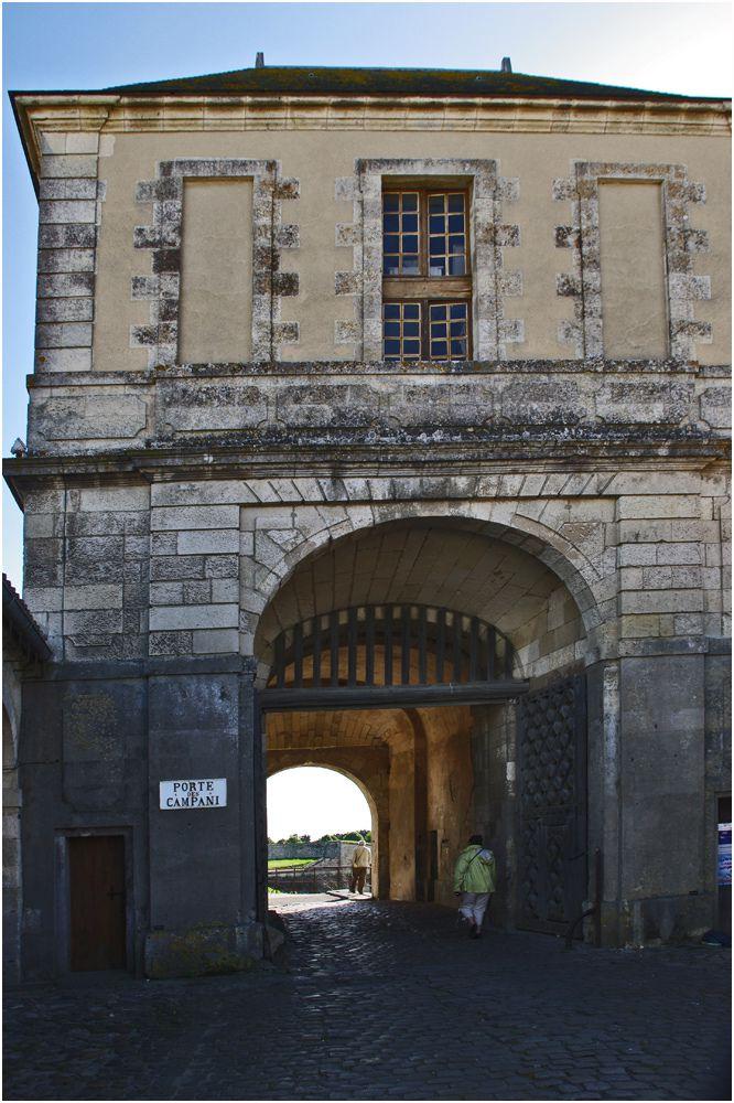Saint Martin de Ré - porte des Campani