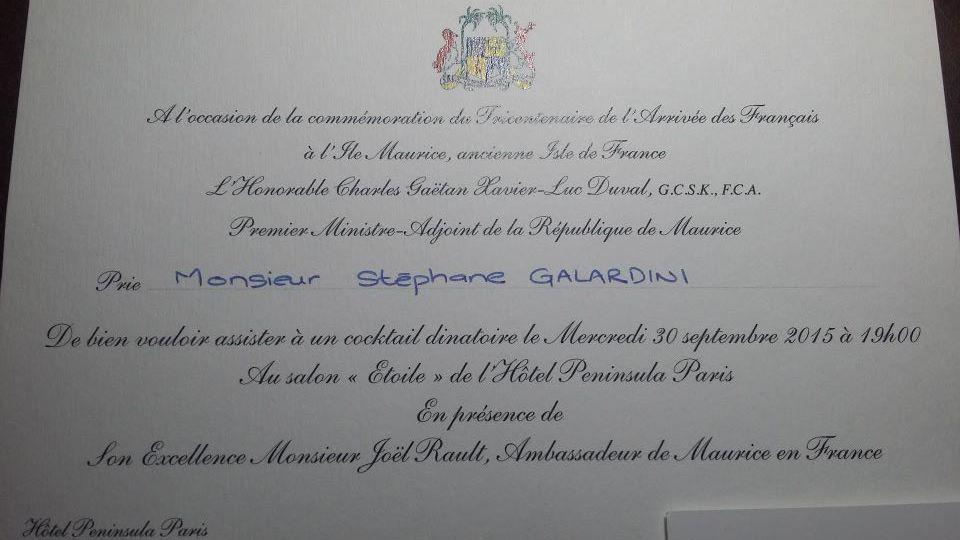 Le président national à son arrivée à l'Hôtel Péninsula, Paris XVIème