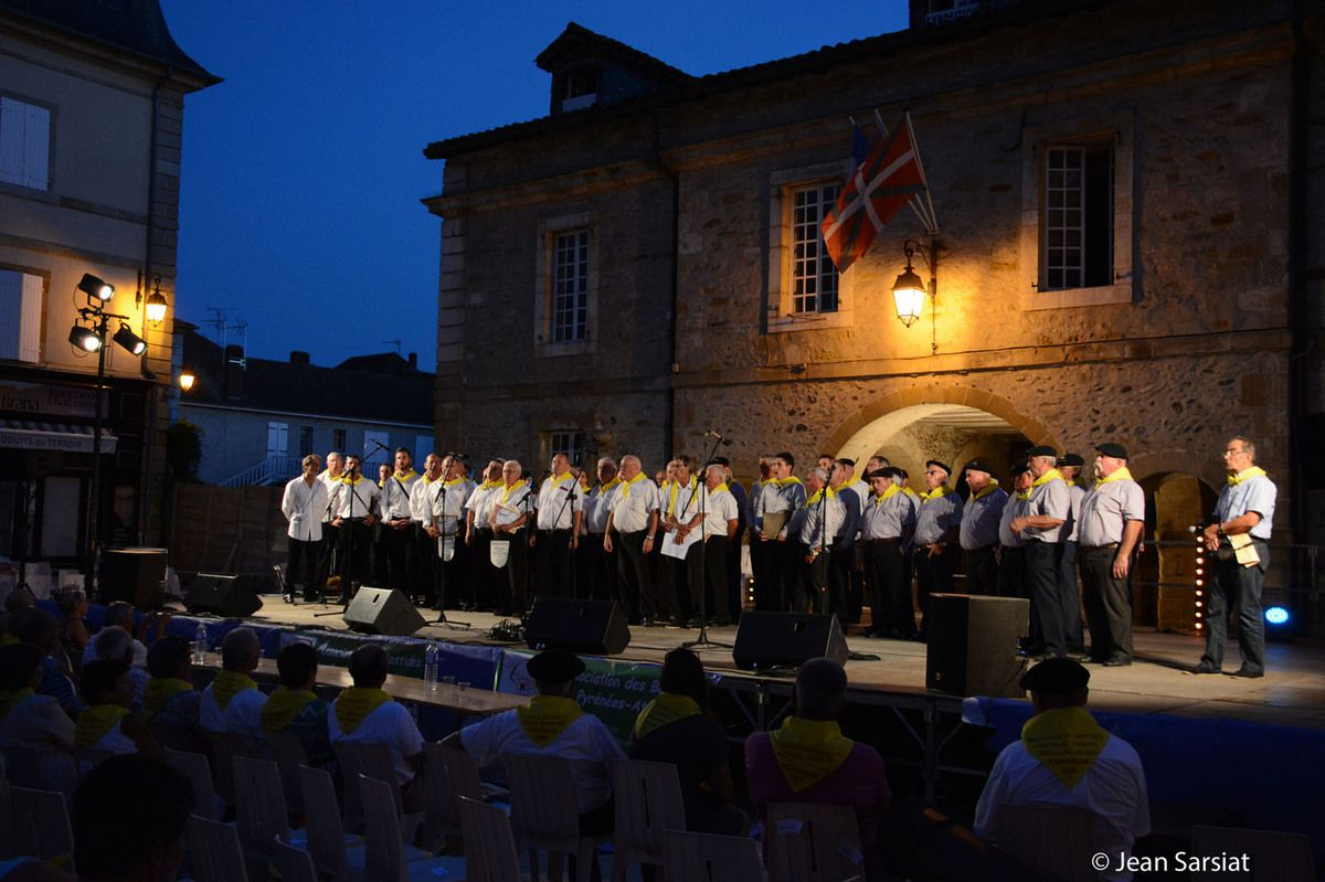 NAVARRENX : MAGISTRAL FINAL DU FESTIVAL EN CHANSONS DES BASTIDES ENCHANTEES