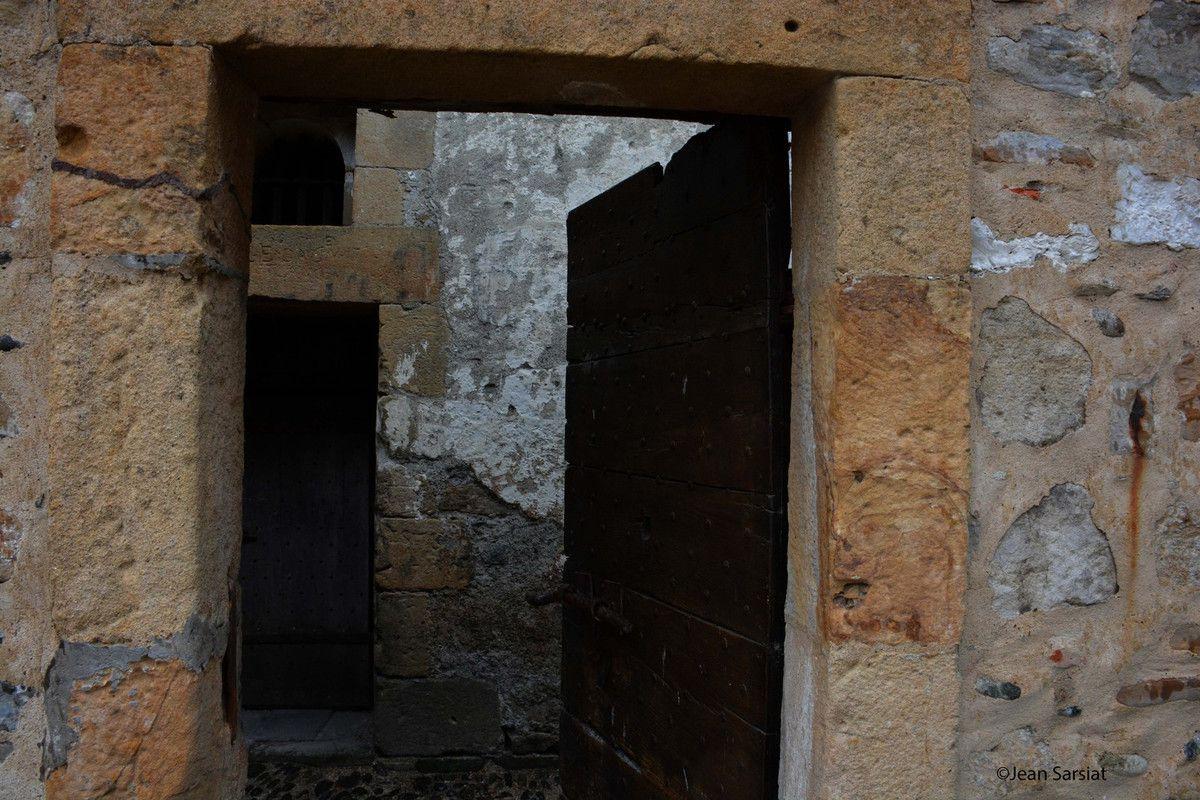 NAVARRENX : Le patrimoine caché a été dévoilé lors d'une visite guidée