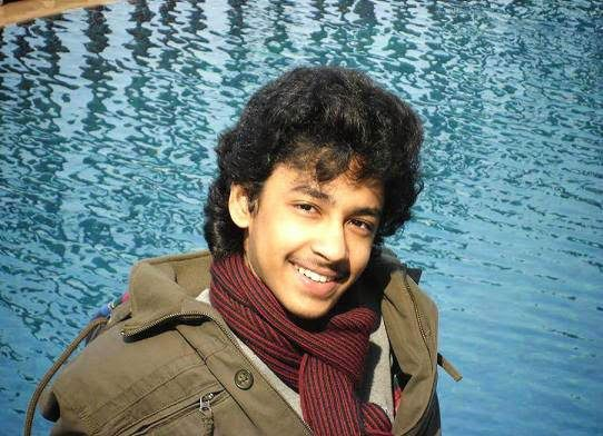 Sorry no Internet picture of Riddhi Sen in the film