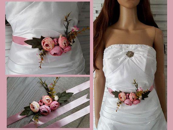 c61caa78cd Ceinture fleurie - Ceinture mariage - fleurs pivoine vieux rose rose clair  - Ceinture robe - Ceinture demoiselle d'honneur bohème - satin 34,90E