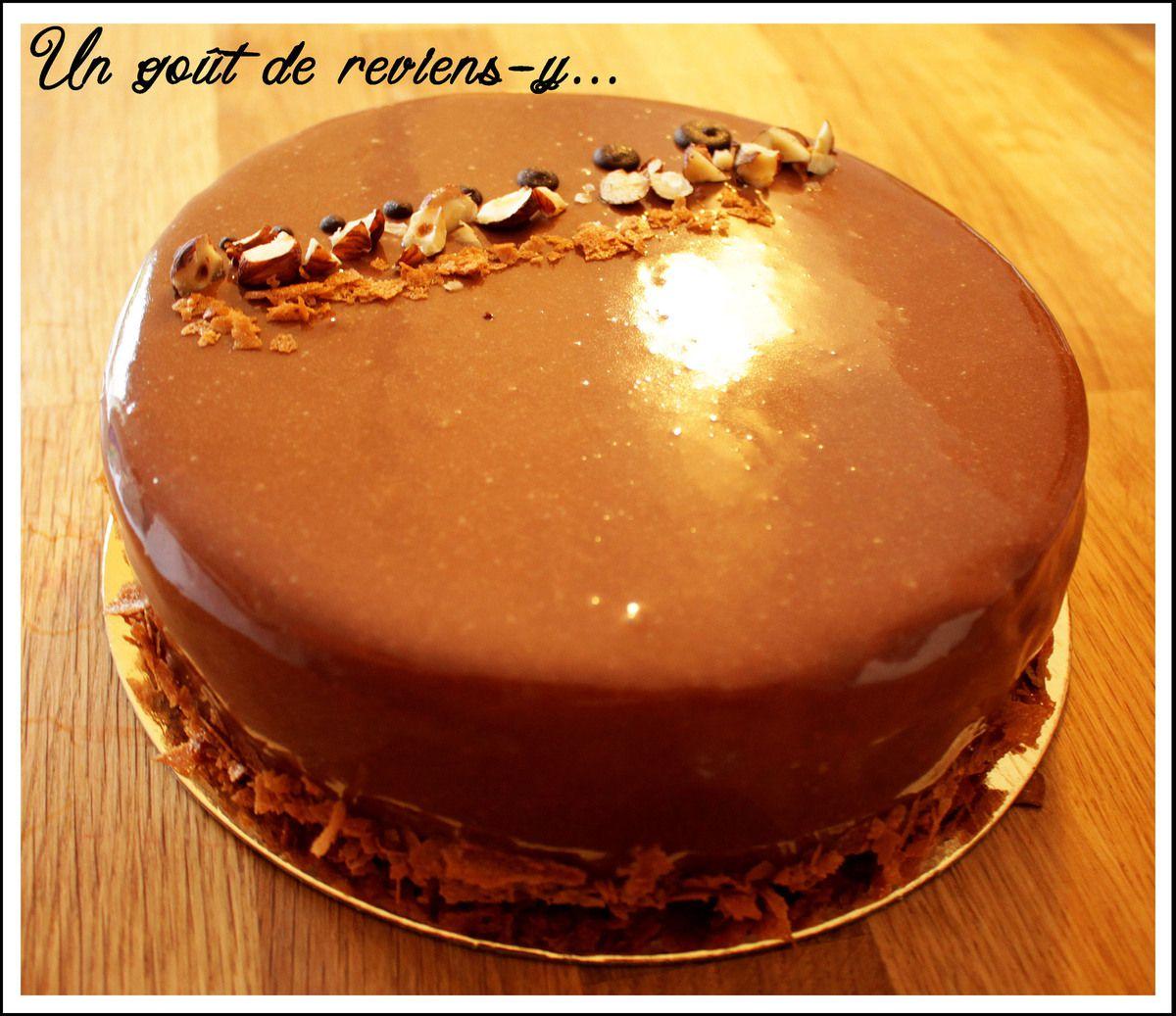 Entremets Chocolat, Noisette et Caramel