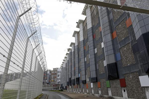 Une prison dorée pour des terroristes...
