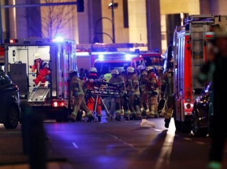 Berlin sous le choc d'un attentat...