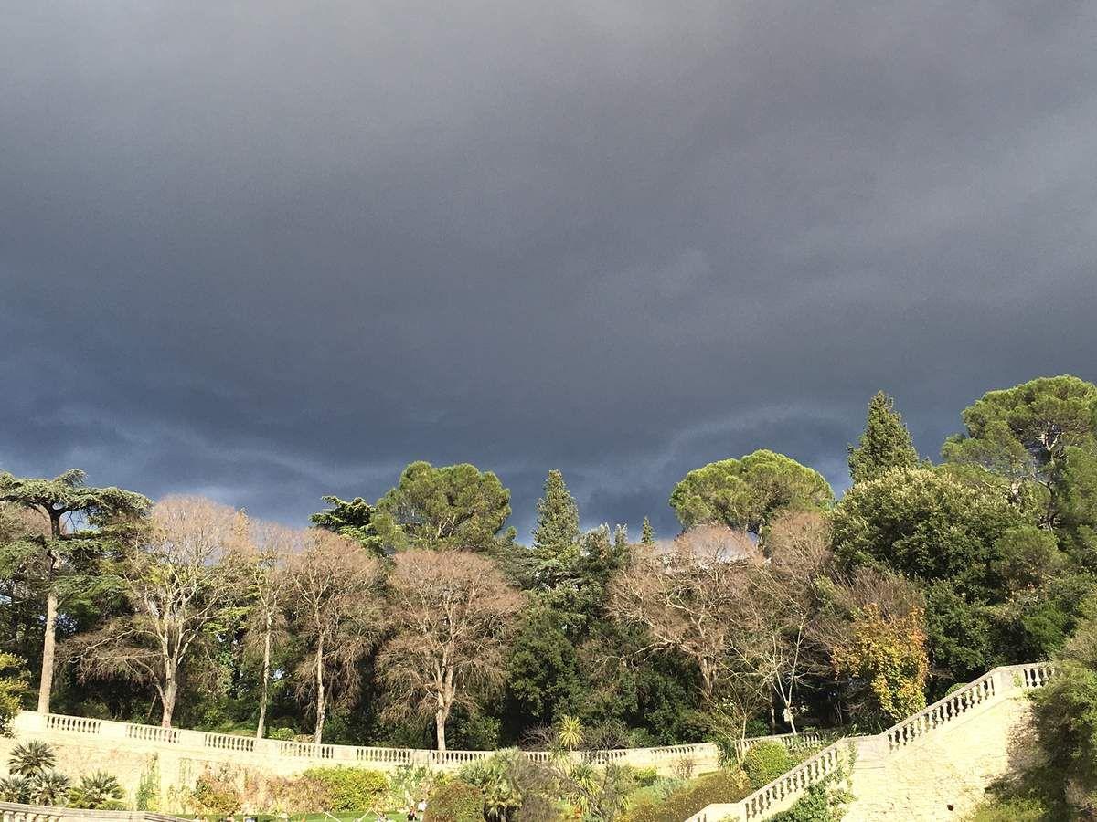 Ciel violet d'orages....