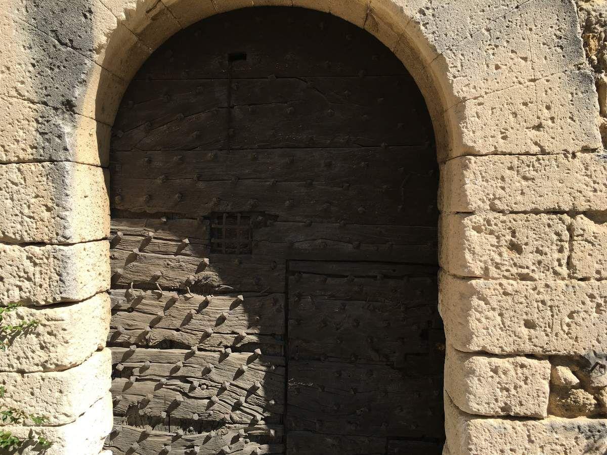 La porte du château...