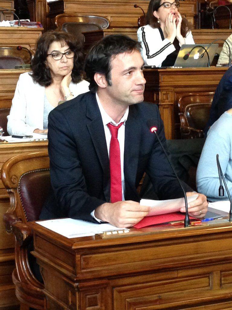 Un élu parisien explique pourquoi il est contre l'ouverture de la bibliothèque Picpus-Hélène Berr le dimanche
