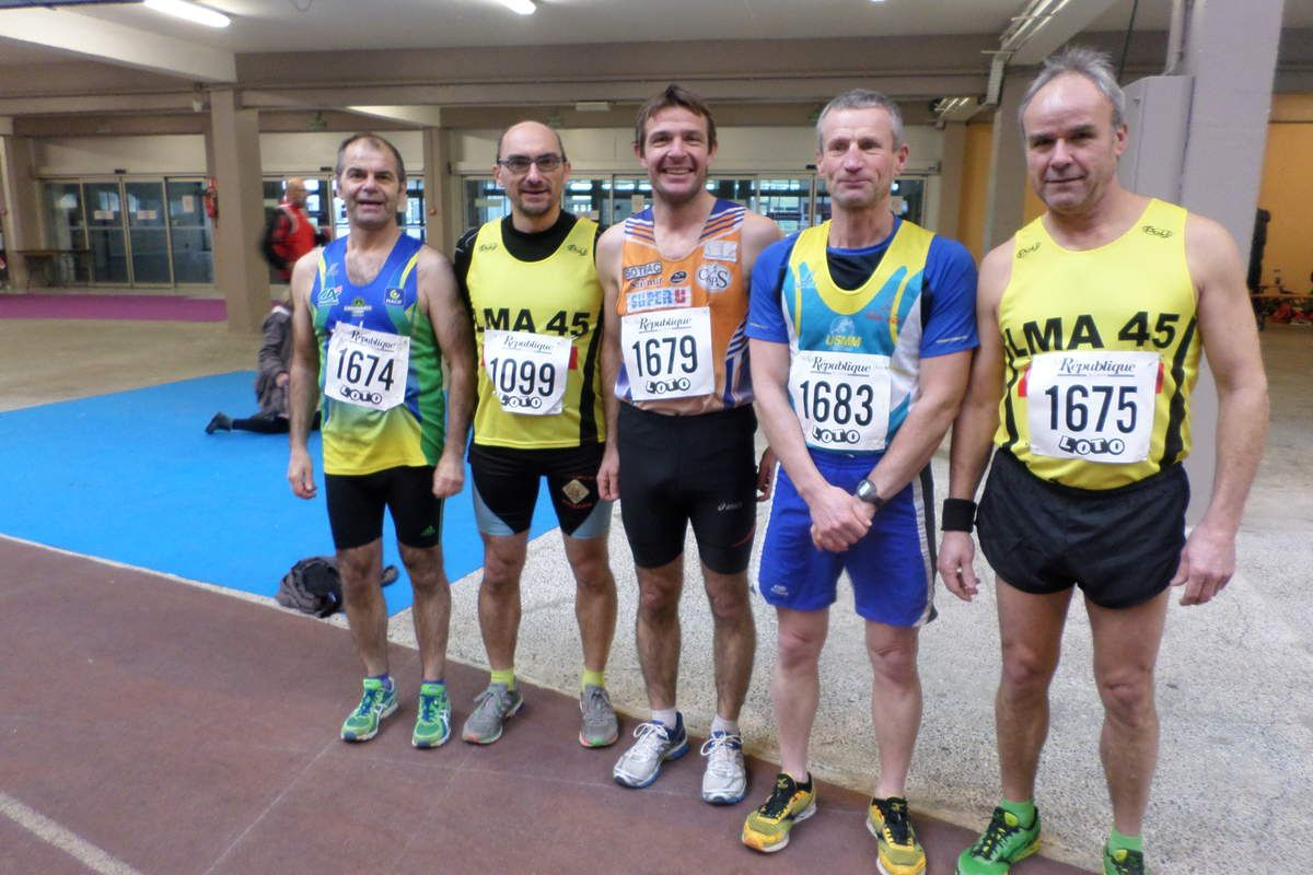 de gauche à droite : Didier Alamichel, Laurent Picault, Sébastien Delaunay, Philippe Gilles et Michel Baboin.