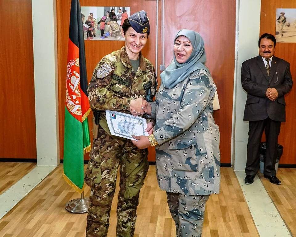 Afghanistan:Carabinieri addestrano poliziotte afgane