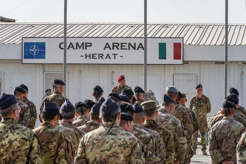 Afghanistan:il Vice Comandante della missione &quot&#x3B;Resolute Support&quot&#x3B; in visita ai militari italiani
