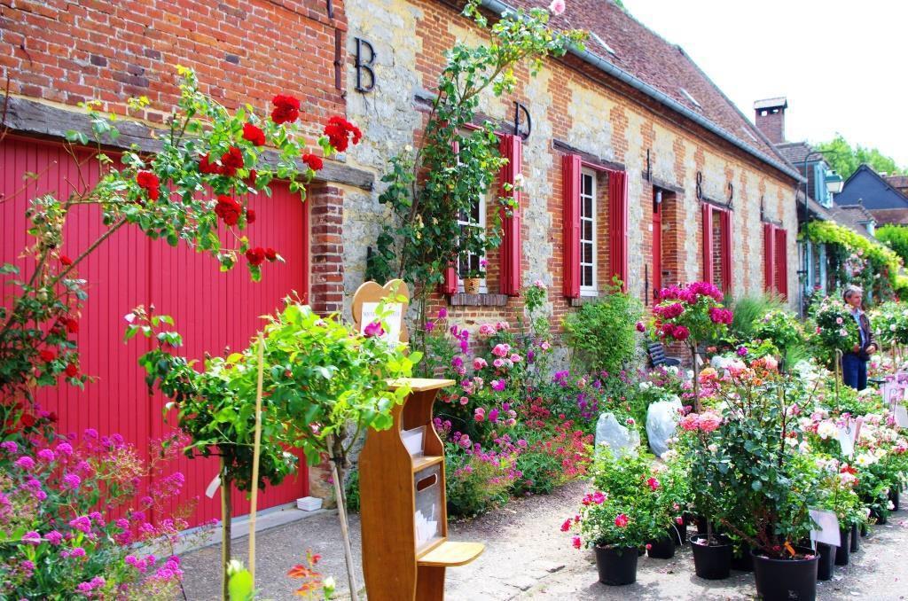 La 87 me f te des roses gerberoy beau village de picardie le blog de jea - Fete de la rose gerberoy ...