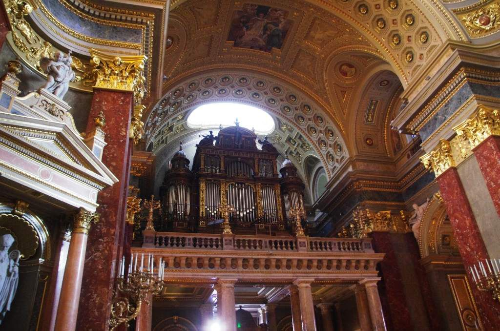 L'orgue de la basilique Saint-Etienne