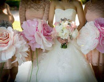 Rose en papier de soie geante bouquet mariee