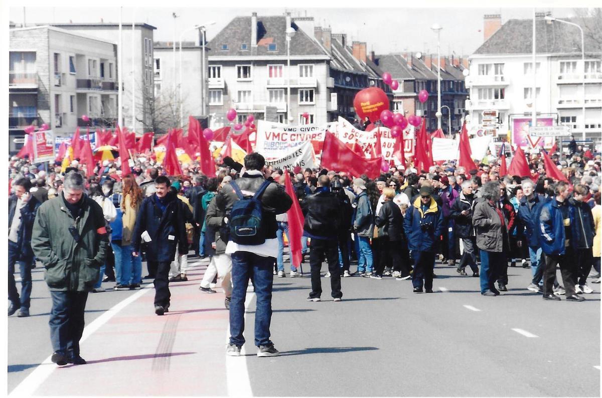 21 avril 2001. Calais. Manifestation contre les licenciements boursiers