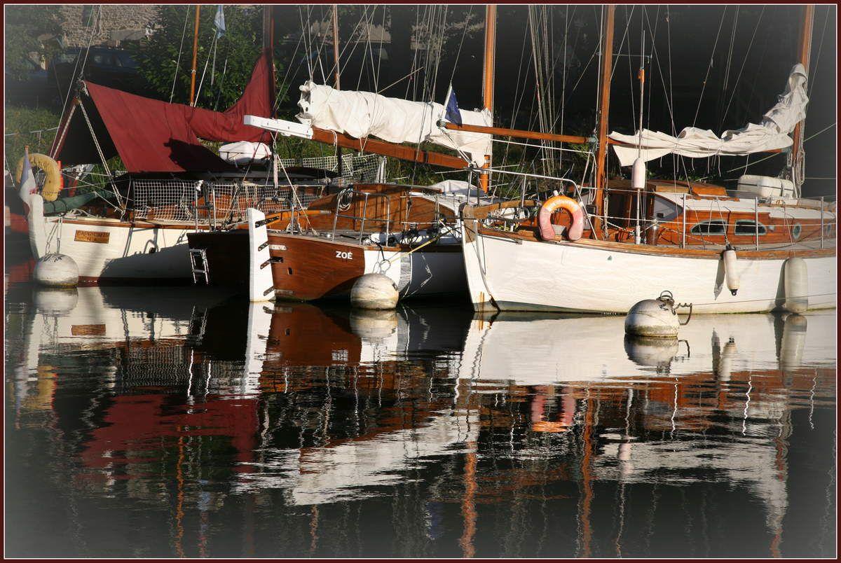 Le port de La Roche Bernard - Flotille de vieux gréements