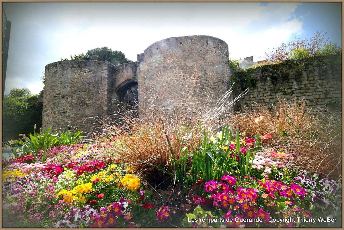 Les remparts de Guérande au printemps