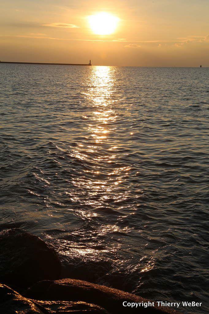 Coucher de soleil sur la jetée de Tréhic Le Croisic
