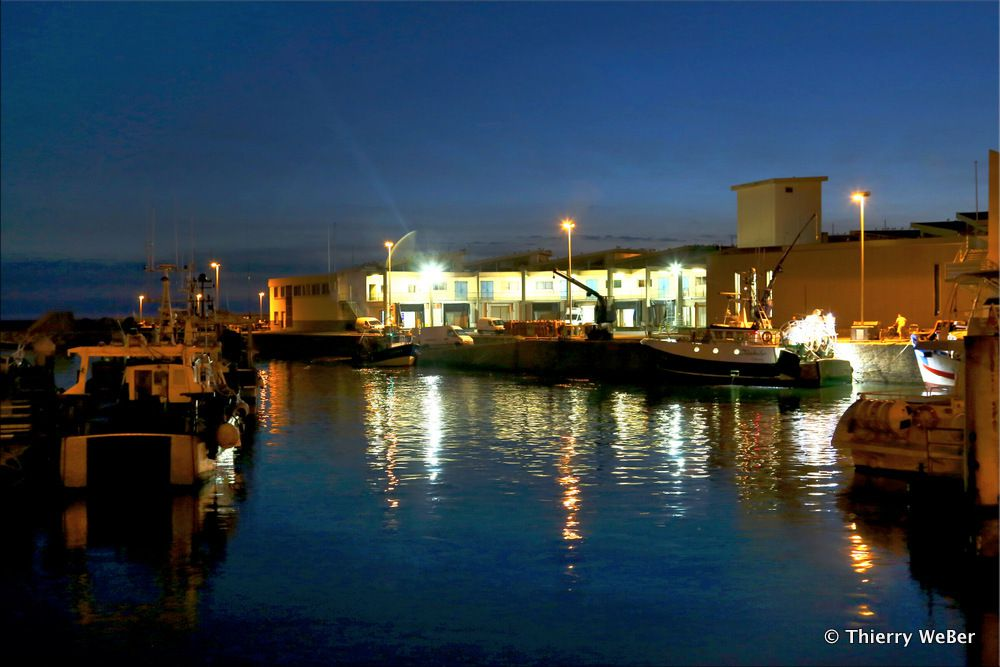 Port de pêche de nuit