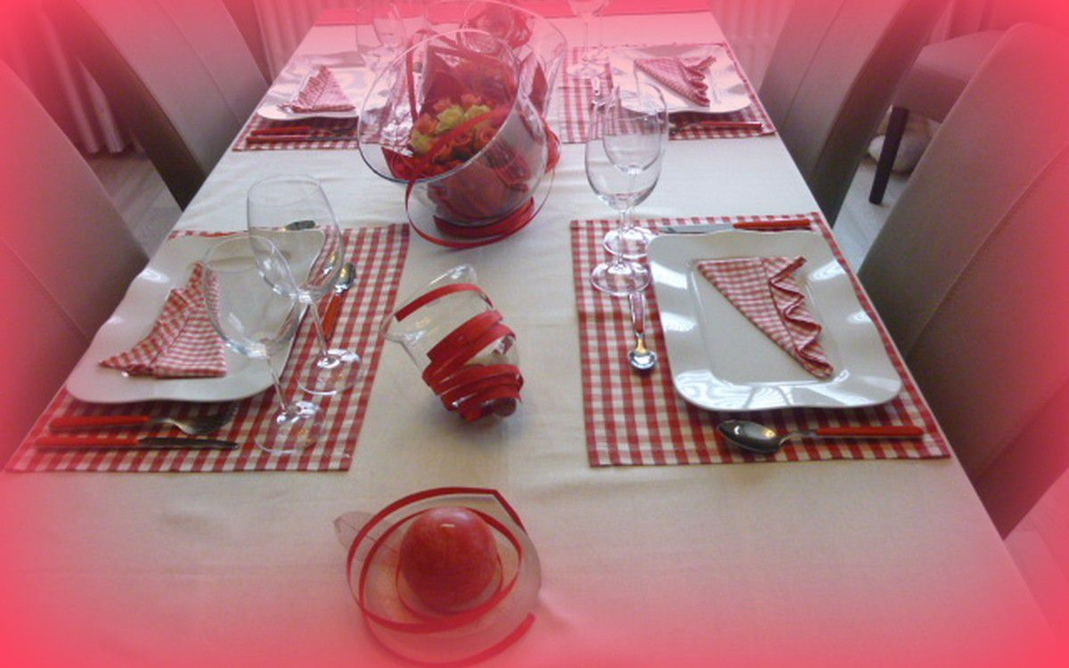 table vichy rouge et blanc !