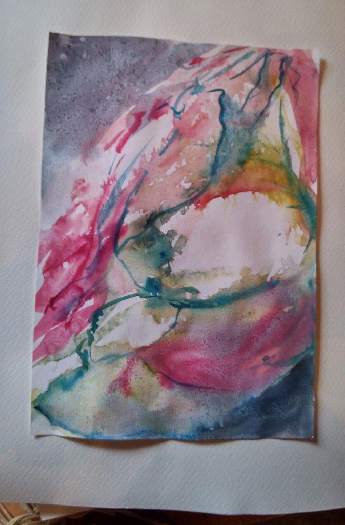 j'ai peint assise, debout, sur le coin de la table, sur des bouts de papier, avec la lumière du moment. Et voilà !