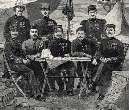 Les officiers de la Mission Voulet-Chanoine.