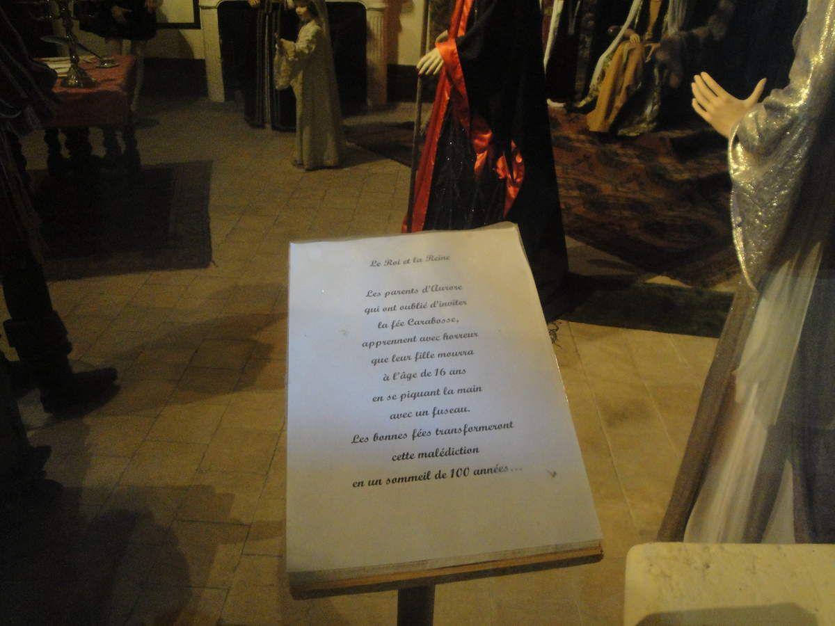 Costumes et décors, tout y est... un des jolis contes de Charles Perrault.