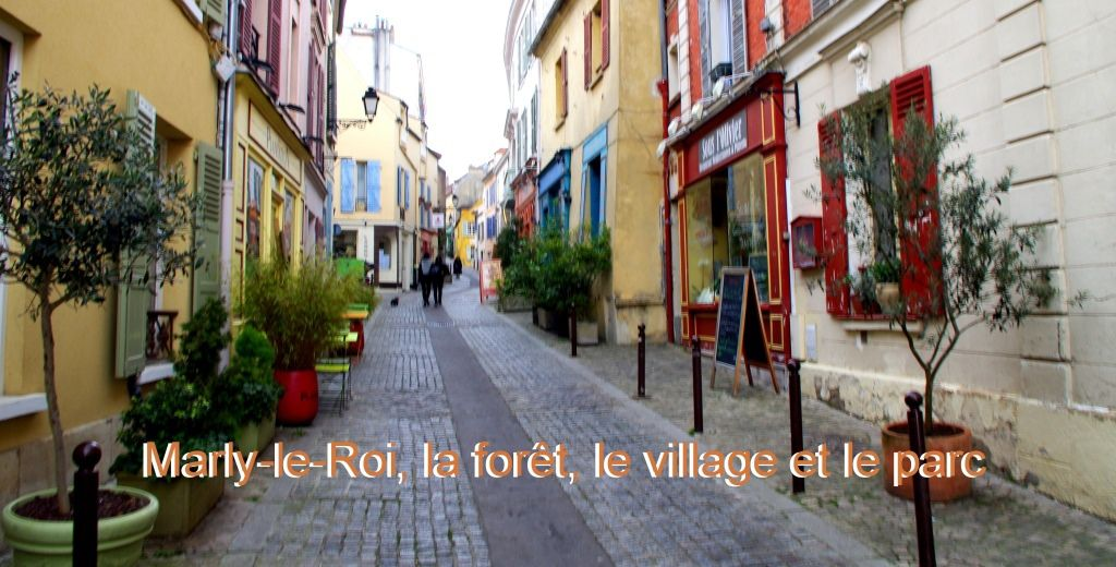 La Grande Rue du village de Marly-le-Roi