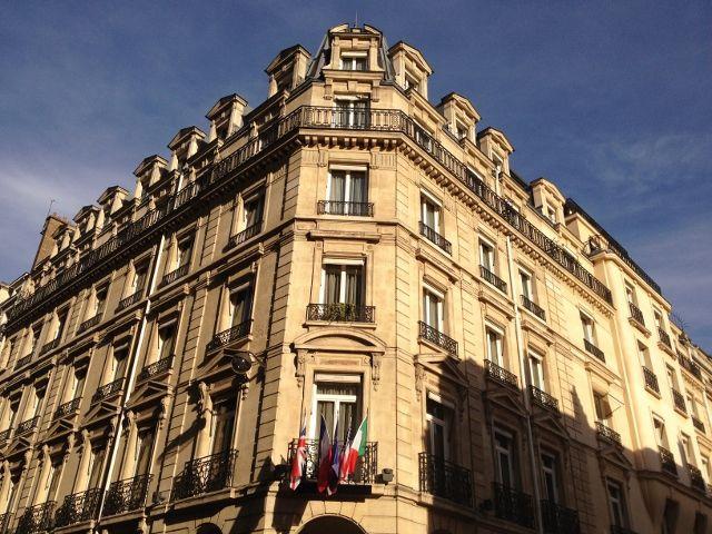 Rue Balzac - 8eme