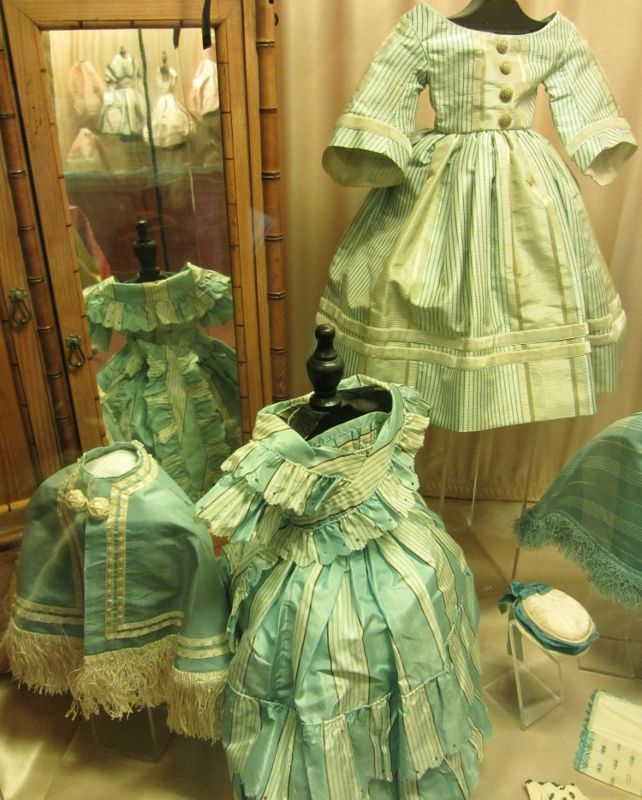 Musée de la poupée - Impasse Berthaud - 2ème partie - 3eme
