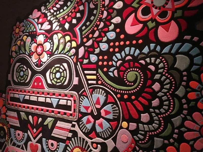 Expo Musée des arts décoratifs : 4 siècles de papiers peints : les roses rouges
