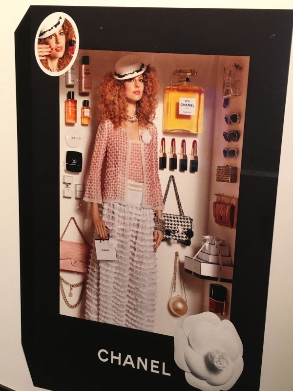Vrais mannequins en Barbie Musée arts décoratifs 1er