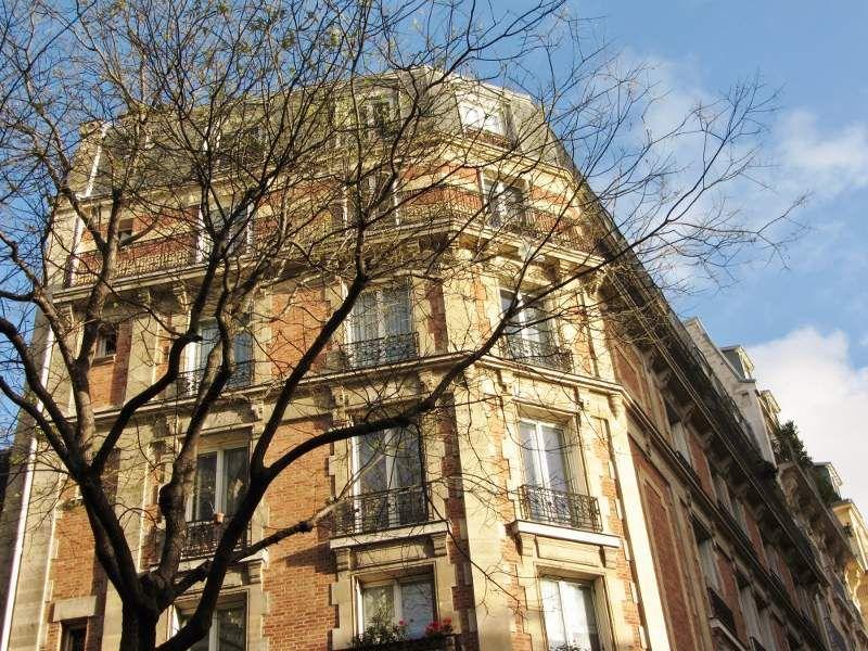 Rue Caulaincourt - Côté cimetière Montmartre - 18eme