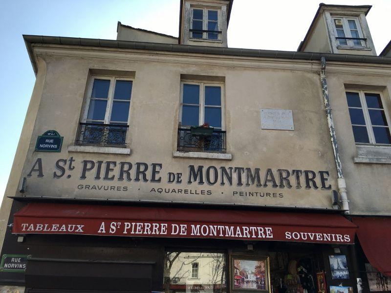 Rue NORVINS côté Place Tertre - 18eme
