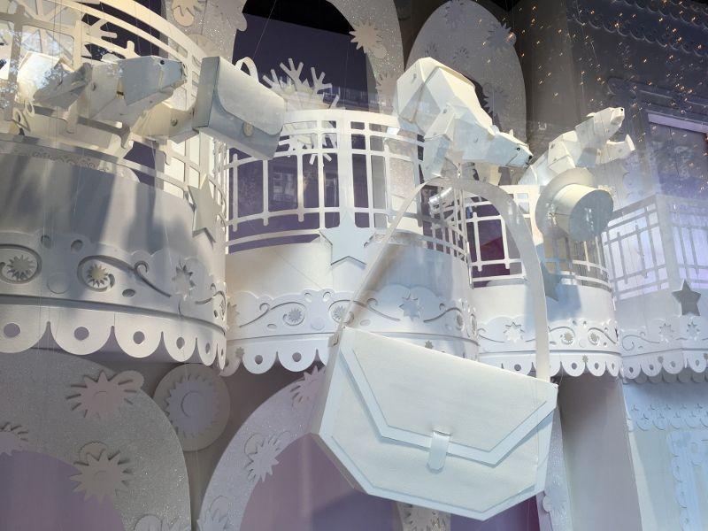 Galeries Lafayette : Vitrines en origami Noel 2016