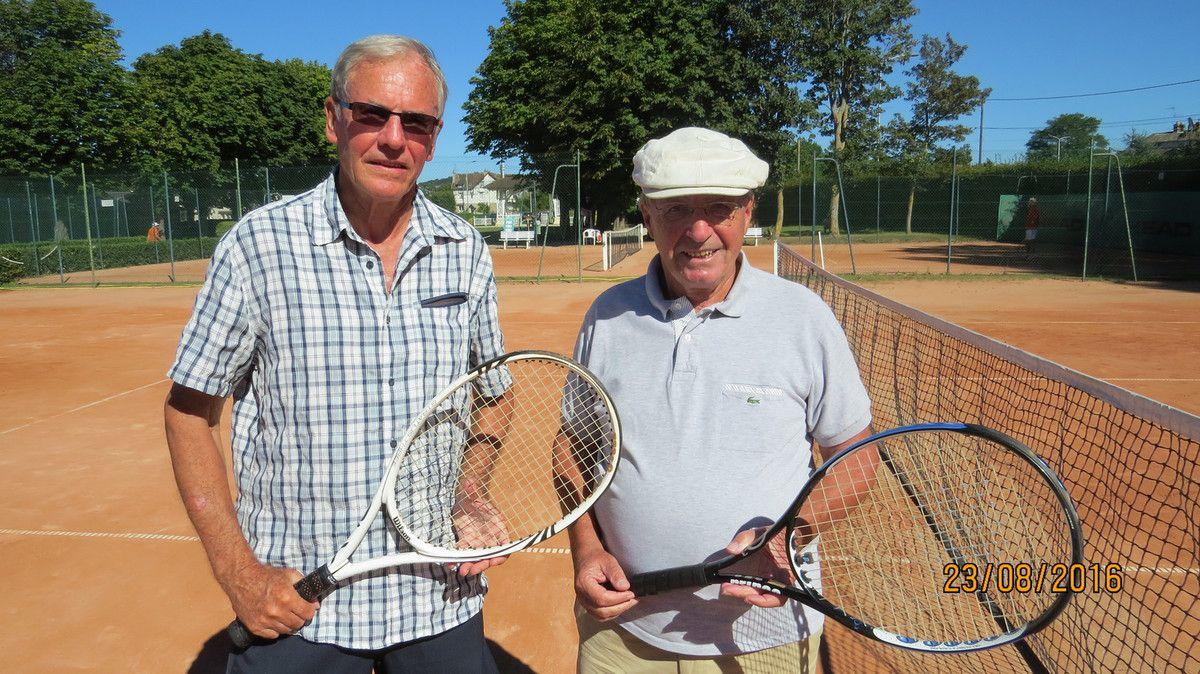 NININ Gérard 30 Vernon (à gauche) - SCHILINGER Roland 15/5 Villers Vainqueur