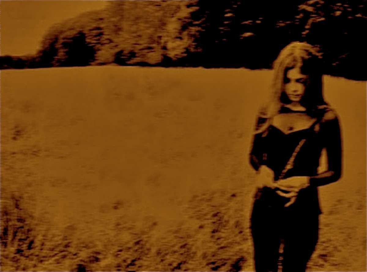 One track a Day: &quot&#x3B;Fade Into You&quot&#x3B; by Mazzy Star