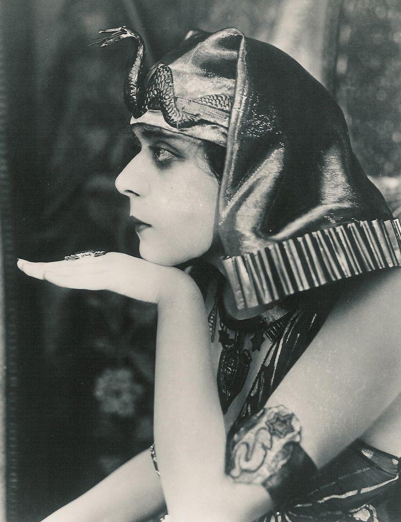 Theda Bara (william fox1917)