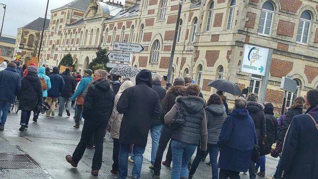 Cherbourg:Une large mobilisation pour sauver les urgences