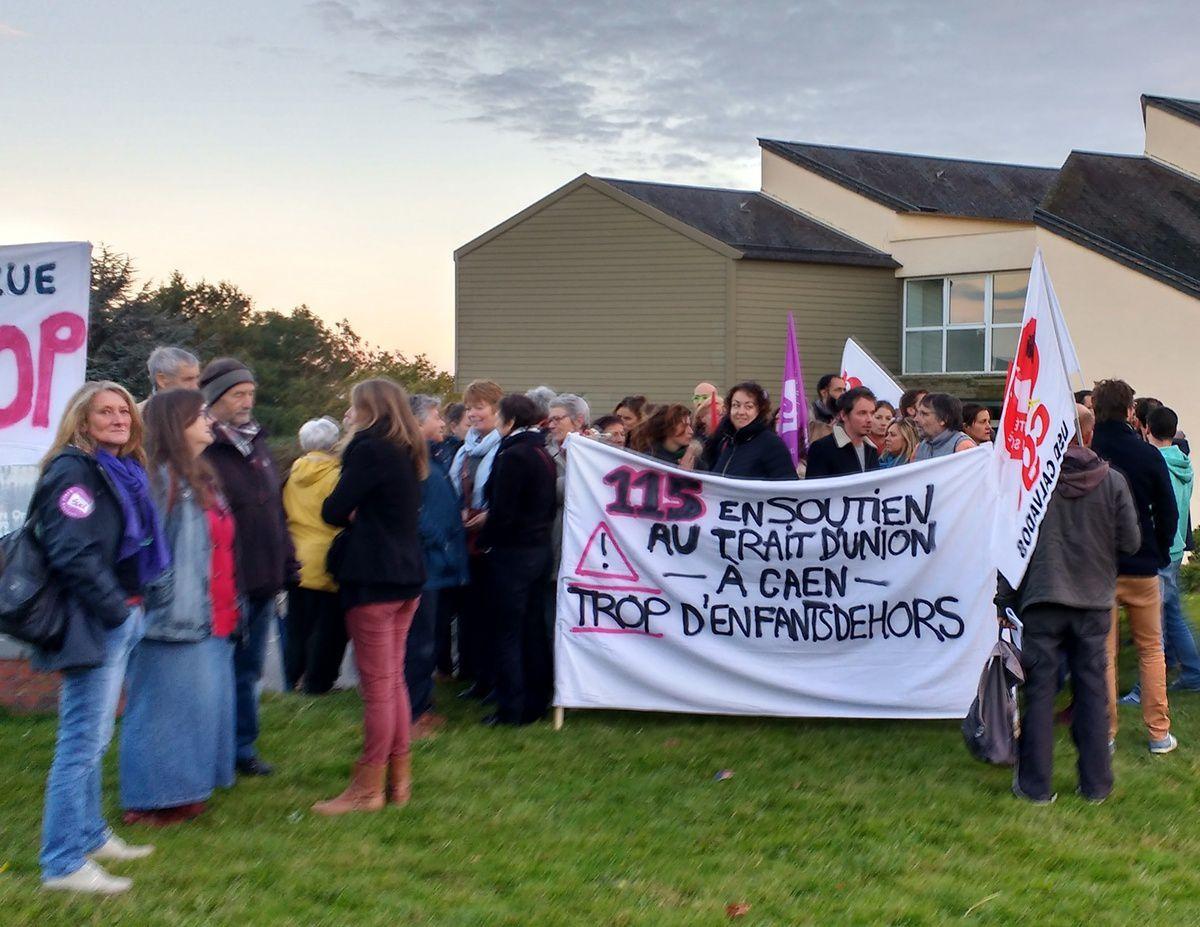 Trait d'union en grève : ils veulent un toit pour les jeunes étrangers