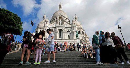 Bourse de Paris : Baisse sans précédent du tourisme à Paris après les attaques