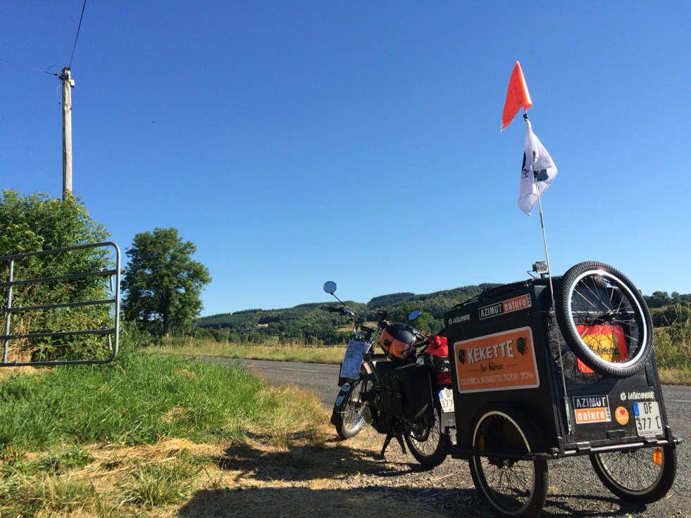 MBK 51 road trip voyage remorque mobylette