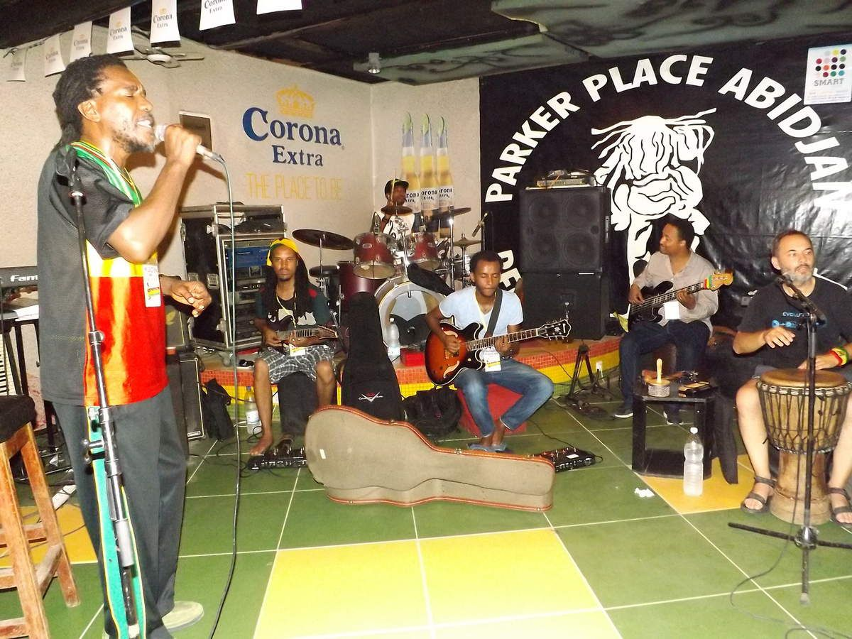 [Crédit photo:Armel Kouamé] SYDNEY Salmon with the IMPERIAL MAJESTIC BAND SHASHEMANE FROM ETHIOPIA