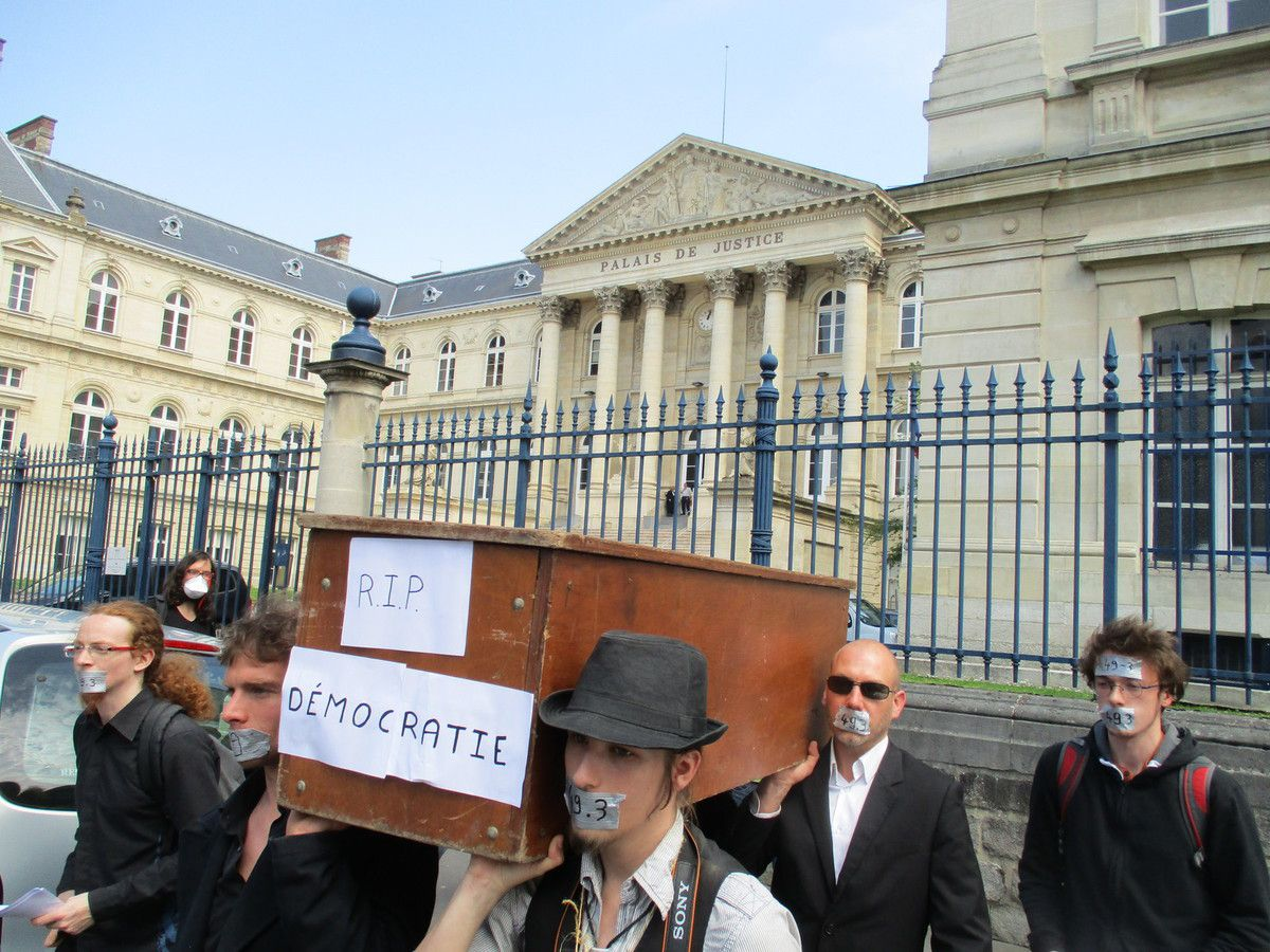 Amiens. Palais d'InJustice. 8 Juin 2016. © Jean-Louis Crimon.