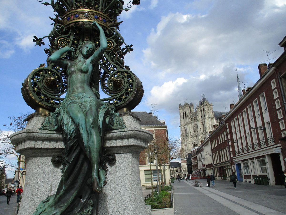 Amiens. Marie sans Chemise. Mars 2016. © Jean-Louis Crimon