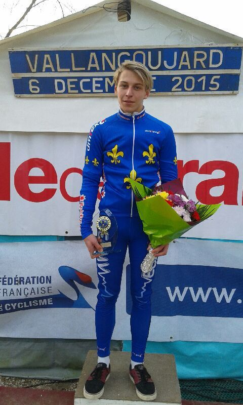 Hugo LEMELLE - Champion Ile de France Cyclo-cross en catégorie Cadets